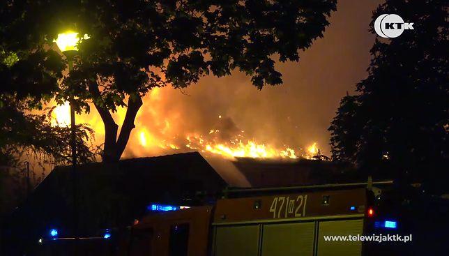 Wielki pożar pod Kętrzynem. Osiem rodzin bez dachu nad głową