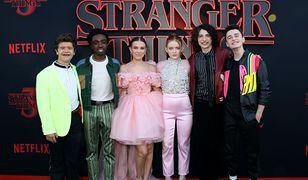 """Bohaterowie """"Stranger Things"""" wyrośli. To nie są już dzieci"""