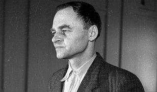 Witold Pilecki w trakcie składania zeznań przed Wojskowym Sądem Rejonowym w Warszawie. 3 marca 1948 r.