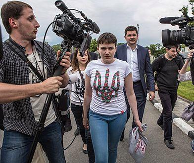 Nadija Sawczenko po przylocie do Kijowa; maj 2016 r.