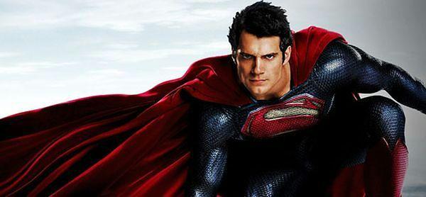 ''Superman: Powrót'': Henry Cavill nie przypomina dawnego Supermana