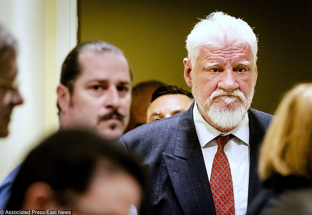 Slobodan Praljak podczas odczytywania wyroku wypił truciznę