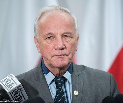 Jan Rulewski o zarobkach senatorskich.