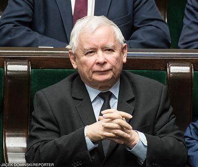 """Jarosław Kaczyński skomentował """"aferę KNF"""" oraz kontrowersje związane z zarobkami w NBP"""