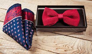 Mucha to świetna alternatywa dla krawata, ale tylko w niektórych sytuacjach wymaga się jej założenia