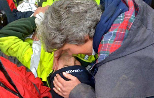 Luke Shambrook z matką. Chłopca odnaleziono po czterech dniach