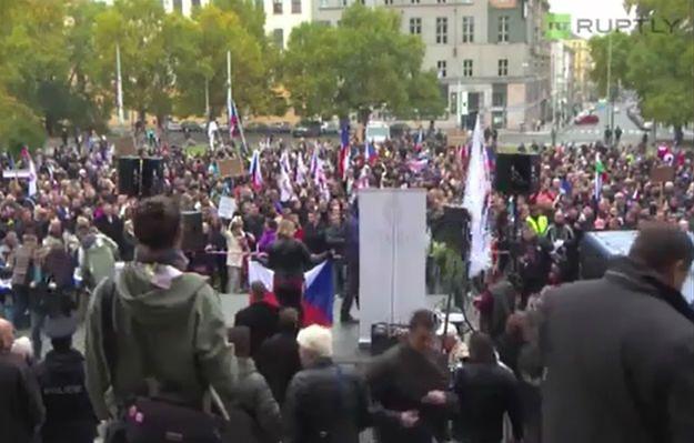 """Antyimigranckie protesty w Czechach. """"Merkel + islam = III wojna światowa"""""""