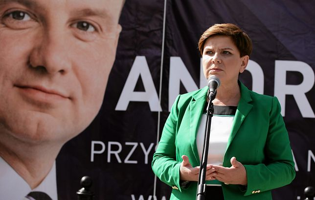 Wielu sympatyków PiS chciałoby żeby to portret Beaty Szydło zawisł na plakatach wyborczych w 2020 r. Obecnie to marzenie ściętej głowy