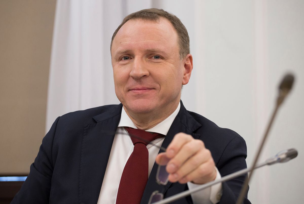 Antysemickie wpisy na pasku programu TVP Info. Jacek Kurski reaguje