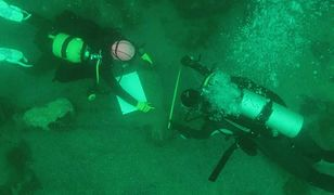 Na dnie jeziora Majów Polacy znaleźli 500 skarbów. Zatonęły podczas rytuałów