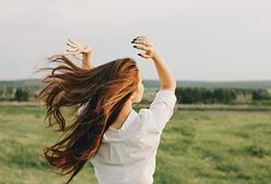 Błędy w pielęgnacji włosów. Czy nie popełniasz podobnych pomyłek? Przekonaj się, na co zwrócić uwagę