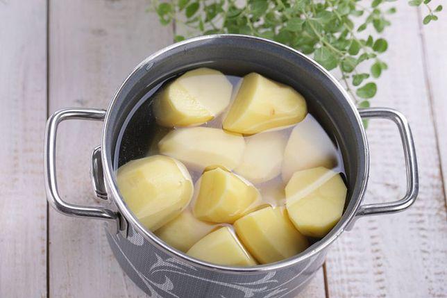 Jak gotować ziemniaki, żeby były smaczne i zdrowe?