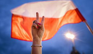 Jan Rulewski chce zmienić Dzień Flagi. Ma poparcie Senatu
