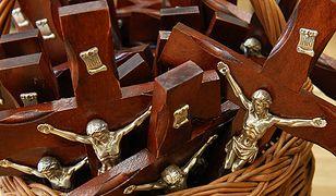 Uwaga na oszustów, którzy sprzedają relikwie