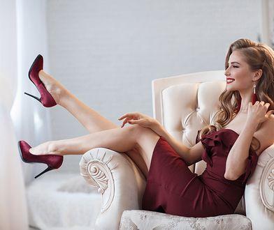 Elegancka sukienka wymaga odpowiedniej bielizny i rajstop