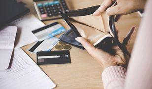 Bezradność i walka o przetrwanie zadłużonych Polek. Lepiej być bezrobotną niż podjąć pracę?