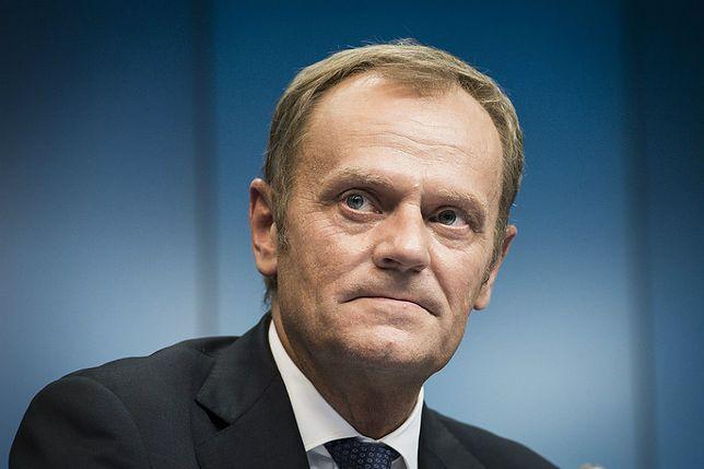 """Politolog Norbert Maliszewski przyznaje, że """"Tusk najpewniej tym razem uznał, że taka wypowiedź mu się nie opłaca""""."""
