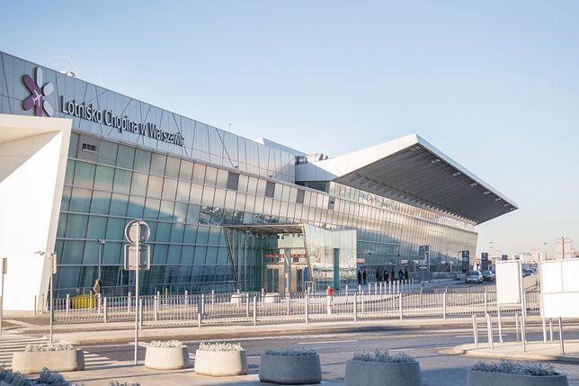 Warszawa. Zbadają temperaturę na lotnisku po przylocie z Włoch i Chin