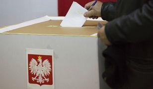 """Sondaż dla """"Gazety Wyborczej"""": druga tura wyborów wisi na włosku"""