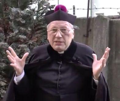 """Ksiądz Kneblewski o seksie przedmałżeńskim. """"To grzech śmiertelny, chemia, która pociąga"""""""