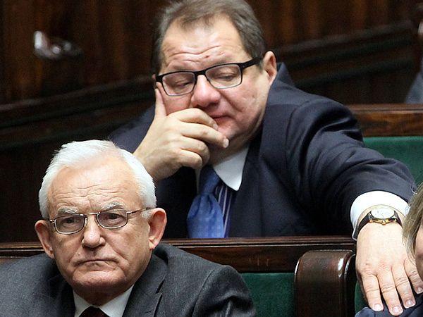 Posłowie SLD Ryszard Kalisz i Leszek Miller