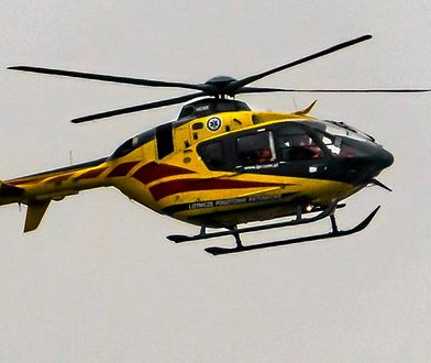 Po upadku z 3. piętra 17-latka została przetransportowana do szpitala śmigłowcem LPR