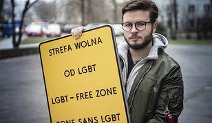 """""""Strefa wolna od LGBT"""". Sąd zdecydował ws. aktywisty"""