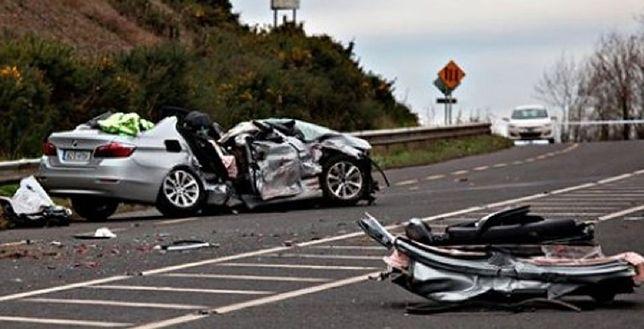 Tragiczna kraksa osobówki z ciężarówką. Cała rodzina zginęła na miejscu