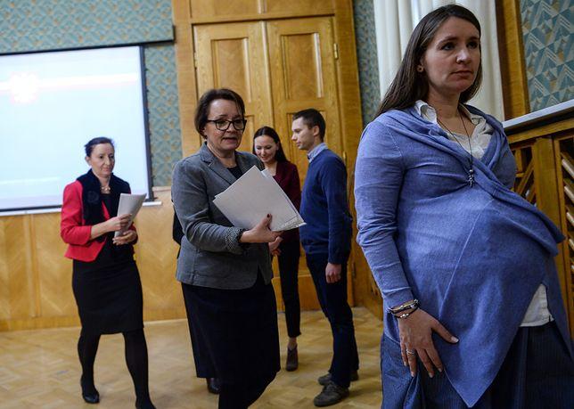 Była minister Anna Zalewska oraz Karolina i Tomasz Elbanowscy