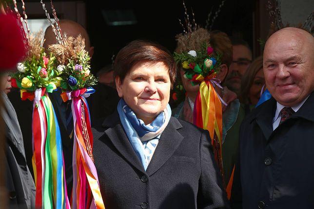 Wicepremier Beata Szydło odwiedziła w Niedzielę Palmową Lipnicę Murowaną (małopolskie), gdzie odbywa się konkurs palm.