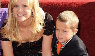 Reese Witherspoon z 16-letnim synem. Skóra zdjęta z matki