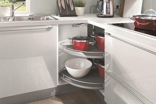 Urządzamy trudne miejsca w kuchni. Sprytne schowki!