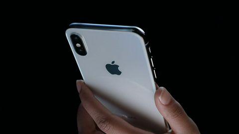 Problem z iPhonem X: nie trzeba upadku smartfona, by pękło szkiełko aparatu