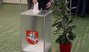 Litwini głosują do godz. 20