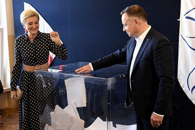 Wybory parlamentarne 2019. Agata Kornhauser-Duda w sukience w groszki