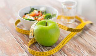 Dieta jabłkowa - zasady, efekty, skuteczność. Ile można schudnąć?