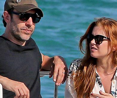 Sacha Baron Cohen na plaży. Borat jest przystojniakiem