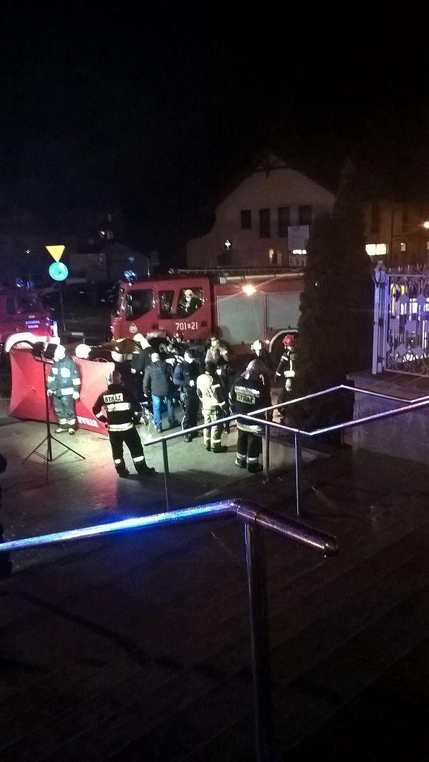 Śląskie. Dwie osoby zostały ranne po potrąceniu w centrum Rajczy.