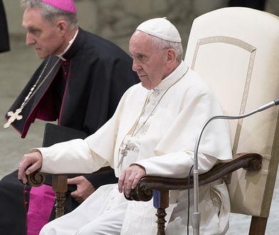 """Papież Franciszek mocno zaniepokojony. """"Dramatyczne rozmiary bezrobocia na świecie"""""""