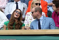 Kate zadała z mężem szyku na ślubie brata. Ale nie wybrali formalnych strojów