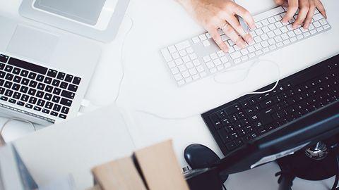 Windows i macOS w biurze. Jakie programy do prowadzenia firmy wybrać?