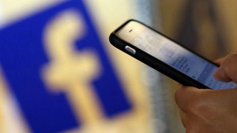 Facebook zmusza pracowników, by korzystali z Androida