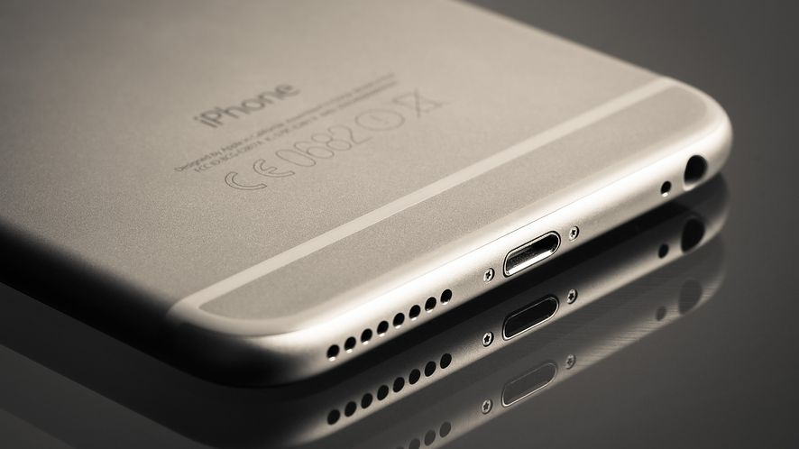 iPhone 8: czy fani Apple nauczą siężyć bez złącza Lightning?
