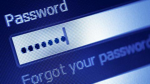 Facebook porównuje hasła użytkowników, by chronić ich przed kradzieżami baz