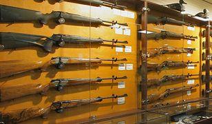 Sąd podtrzymał wyrok dla cudzoziemców, którzy chcieli nielegalnie kupić w Gdyni broń