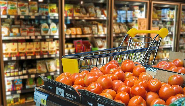 Majówka 2020. Które sklepy są otwarte w majówkę?