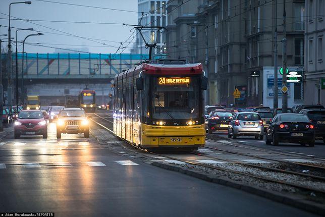 Warszawa. Mężczyzna potrącony przez tramwaj na Woli nie żyje