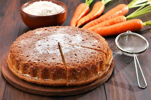 Ciasto marchewkowe można jeść bez wyrzutów sumienia