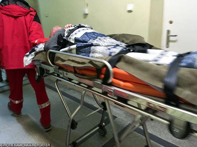 Nowa afera w szpitalu MSWiA. Wyrzucili pacjenta na korytarz, bo przyjechał polityk