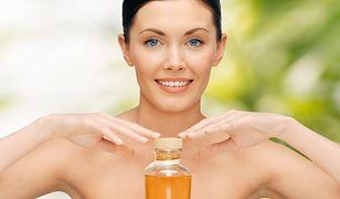 Włosy wysokoporowate wymagają pielęgnacji olejami